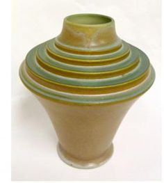 Frank Ferrell The Torch Vase Roseville Futura Art Deco Vintage Pottery, Pottery Art, Pottery Sculpture, Chandeliers, Art Deco Table, French Art Deco, Urn Vase, Roseville Pottery, Ceramic Artists