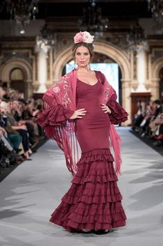 We Love Flamenco 2020 - Sevilla Girly Pictures, Fishtail, Our Love, Costumes, Flamenco Dresses, Lady, My Style, Hair Styles, Dancers