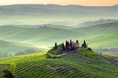 Depuis les criques de Sicile jusqu'aux sommets des Dolomites, en passant par Rome ou Florence, promenade à travers l'Italie région par région.