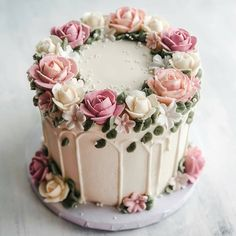 cake pictures # pictures # cake cupcakes recipe cake re . Pretty Cakes, Cute Cakes, Beautiful Cakes, Amazing Cakes, Cake Decorating Techniques, Cake Decorating Tips, Birthday Cake Decorating, Wedding Cakes With Cupcakes, Cupcake Cakes