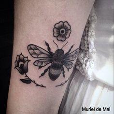 #beetattoo #animaltattoo #tattoo #tattoos #blackworkers