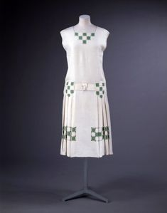 I thought the checkered patterns on this dress were kind of interesting :) -Tennis dress ca. 1926