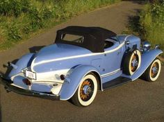 1933 Auburn Boattail Speedster. My favorite classic car - and isn't this color gorgeous?!