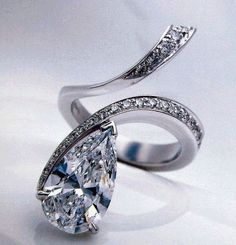 Get your bespoke ring from http://cameleor.com/en/creation-bespoke-jewellery/ Diamond Tear Drop Ring