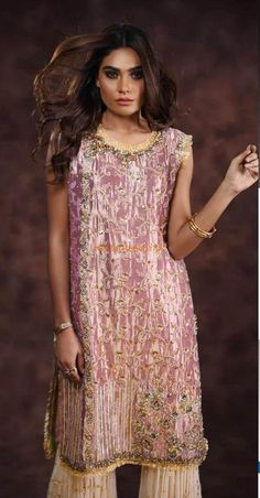 ANAS ABRAR Light Party Wear And Formal Wear at Retail and whole sale prices at Pakistan's Biggest Replica Online Store New Pakistani Dresses, Pakistani Dress Design, Desi Wedding, Wedding Attire, Pakistani Street Style, Pakistani Designers, My Outfit, Party Wear, Designer Dresses