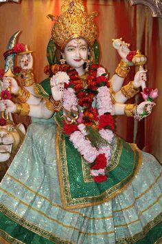 Maa Darshan courtesy of: http://www.flickr.com/photos/jaijaijaisairam/ on Flickr. My Heartfelt Thanks.