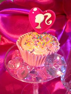 Pink Champagne Cupcakes using only 2 ingredients!!!