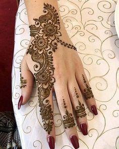Latest Mehndi Designs, Mehndi Designs Finger, Pretty Henna Designs, Henna Art Designs, Modern Mehndi Designs, Mehndi Designs For Beginners, Wedding Mehndi Designs, Beautiful Mehndi Design, Mehndi Designs For Hands