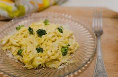 We ♥ pasta! Homemade pasta. Nimic nu se compară cu nişte paste făcute în casă, iar o dată încercate vor crea dependenţă...