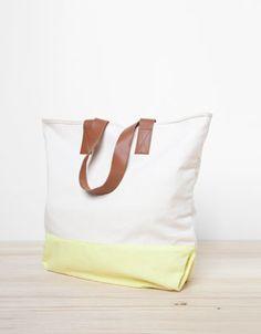 Canvas Bag / Oysho #carry #bag #canvas