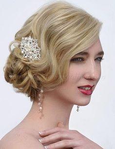 low+bun+wedding+hairstyles+-+side+chignon+for+brides