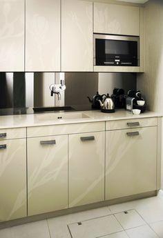 Trace Kitchen by Candi Kitchens