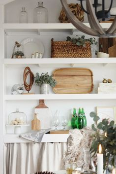 city-farmmhouse-holiday-dining-room-with-home-goods-3