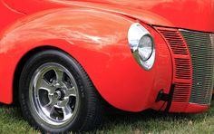 The brilliant Hugger orange color on Jim Lykins' 1940 Ford two door hot rod.   Photograph by Skip Peterson/Wheels
