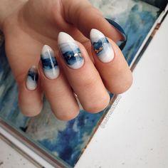 simple and amazing gel nail designs for summer 1 Cute Acrylic Nails, Cute Nails, Pretty Nails, Glitter Nails, Minimalist Nails, Nail Swag, Hair And Nails, My Nails, Water Color Nails
