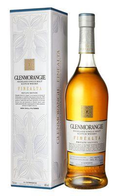 """Finealta is een huwelijk van whisky's van verschillende leeftijden. Finealta komt uit het Gaelic en betekent """"elegant"""""""