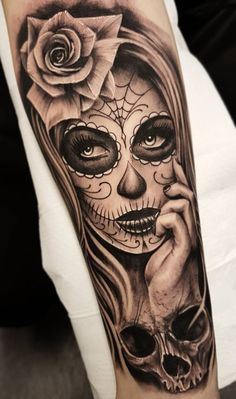 Celebrate Life and Death With These Awesome Day of the Dead Tattoos - KickAss Things - Dia de los Muertos tattoo © Sweden Gothia Ink 💓💓💓 - Forearm Sleeve Tattoos, Leg Tattoos, Body Art Tattoos, Girl Tattoos, Tattoos For Women, Tattoos For Guys, Skull Sleeve Tattoos, La Muerte Tattoo, Catrina Tattoo