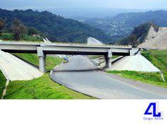 #ConstructoraAL En Grupo ALSA, construimos carreteras y autopistas. LA MEJOR CONSTRUCTORA DE VERACRUZ. Las crecientes necesidades de desarrollo, así como la demanda de mejores carreteras y autopistas para modernizar y comunicar nuestro país, implican construcciones de calidad apegadas a las normas y estándares internacionales. En nuestra empresa, tenemos más de 35 años dedicados a la industria de la construcción. www.grupoalsa.com.mx