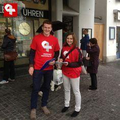 Sammelaktion für Wiedergutmachungsinitiative in Zürich #wiedergutmachen