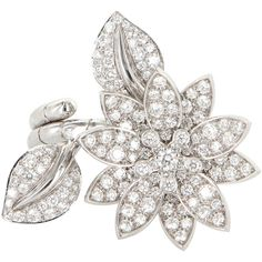 Pre-Owned Van Cleef & Arpels Lotus Diamond Ring 18k Gold Between the... (1,211,370 DOP) ❤ liked on Polyvore featuring jewelry, rings, white gold, yellow gold diamond ring, gold diamond rings, yellow gold engagement rings, diamond jewelry and floral engagement rings