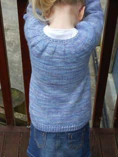 Ravelry: Corrie pattern by Sarah Ronchetti