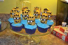 Minion Cupcakes! Despicable Me birthday party ideas