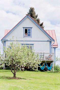 Lovely Wooden House // Чудесна дървена къща | 79 Ideas