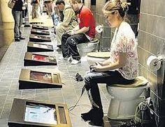 Toilet gaming done right