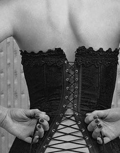 I might do corset training. Boudoir photo / lace up corset / black and white - simple fabric background will look like wallpaper if pulled tight Black N White, Black White Photos, Black And White Photography, Black Canary, Boudoir Pics, Lingerie Fine, Come Undone, Sexy Corset, Lace Corset