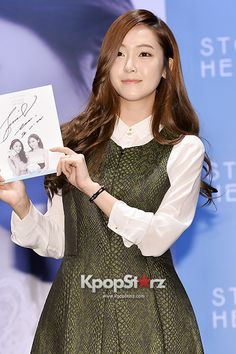 Girls Generation(SNSD) Jessica STONEHENgE Fansign Event - Dec 1, 2013 [PHOTOS] More: http://www.kpopstarz.com/articles/68093/20131202/girls-generation-snsd-jessica-stonehenge-fansign-event-dec-1-2013.htm