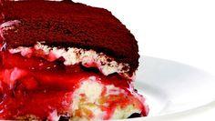 Wir geniessen den italienischen Dessert-Klassiker in einer sommerlich-fruchtigen Variation mit Erdbeeren. Sweet Bakery, Cheesecakes, Mousse, Brownies, Panna Cotta, Favorite Recipes, Sweets, Cream, Ethnic Recipes