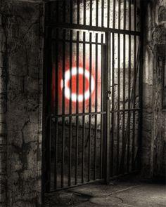 Xovilichter hinter Gittern