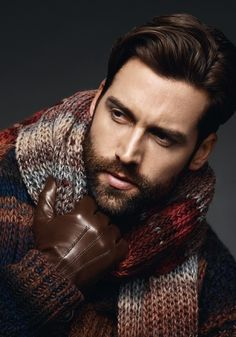 big, thick scarf and shiny brown leather gloves--great look!