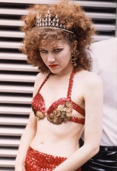 Happy birthday Poison Ivy of the Cramps! Rock N Roll Music, Rock And Roll, 80s Punk, The Cramps, Women Of Rock, Evolution Of Fashion, Women In Music, Gothic Rock, Portraits