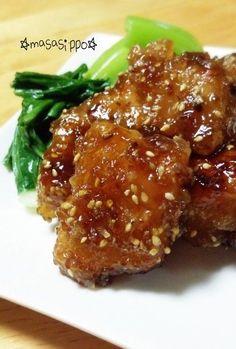 劇的柔らかさ!ふんわり鶏胸の甘辛照り焼き 劇的柔らかさの秘密は、つけダレと焼き方にあり!簡単にできるスピードおかずです。甘辛味でご飯がすすみます♡お弁当にも!