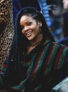 Find images and videos about rihanna, ❤ and riri on We Heart It - the app to get lost in what you love. Estilo Rihanna, Mode Rihanna, Rihanna Riri, Rihanna Style 2014, Rihanna Song, Afro Hair Style, Faux Dreads, Faux Locs Hairstyles, Rihanna Looks