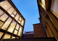 #architecture : DROO Projects's apartments in Melbourne with golden facades