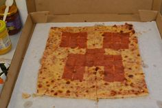 Minecraft Creeper Pizza