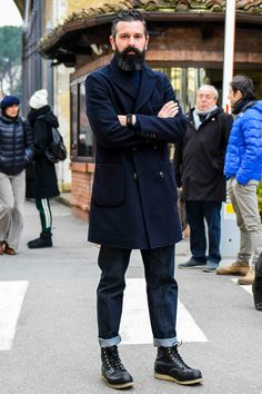 ワークブーツのメンズ定番ブランドとコーデの参考にしたいスナップを厳選して紹介! Mens Office Fashion, Workwear Fashion, Denim Fashion, Fashion Fashion, Mens Duffle Coat, Corporate Attire, New Fashion Trends, Fashion Blogs, Winter Outfits Men