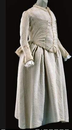 Maternity ensemble, including a jacket, petticoat, and vest to be worn under jacket, Britain. 18th Century Dress, 18th Century Clothing, 18th Century Fashion, Maternity Wear, Maternity Fashion, Maternity Clothing, Maternity Dresses, Historical Costume, Historical Clothing