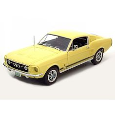 Ford Mustang GT 2+2 1967 (Ertl / Auto World) scale 1:18