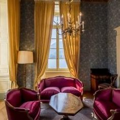 Senior Suite with modern colors for vintage interior | Grand Hotel Villa Serbelloni, Lake Como, Italy