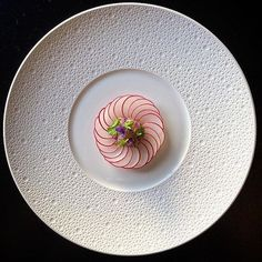 Radish carpaccio and shabu shabu shaku (mantis shrimp) by @tadashi_takayama  Want your work to get featured as well? Simply tag your best plating pictures with #armyofchefs  ------------------------ #foodart #foodpic #foodphoto #foodphotography #hipsterfoodofficial #foodphotographer #goodlife #chef #delicious #instafood #instagourmet #gourmet #theartofplating #gastronomy #foodporn #foodism #foodgasm #plating #f52grams #vsco_food  #photooftheday #picsoftheday #dishoftheday #hautecuisines
