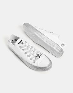 bb84244b55e Converse X Miley Cyrus fabric sneakers - Bershka  conversexmiley  converse   mileycyrus  miley