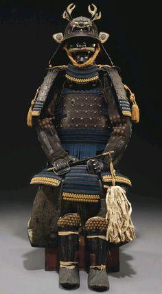 Yoko-Hagi Okegawa Do Gusoku (Armor of Horizontal Plates) with a nice maedate (forecrest) of a horned shigami (demonic face) of metal.