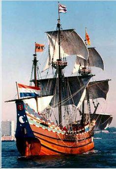 De Halve Maen was het schip van de Vereenigde Oostindische Compagnie (VOC)…