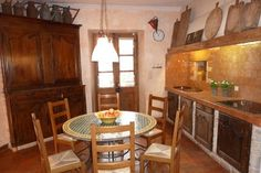 Beautiful, spacious cottage in Languedoc-Roussillon, France. Quietly situated at the border of a village, in between vineyards, and in a former-renovated wine farm!