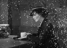 Katharine Hepburn in Morning Glory (Lowell Sherman, 1933) beautiful gif-click, so pretty