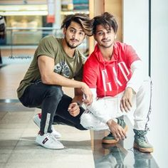 Hassu and faisu 😍😍 Cute Boy Photo, Photo Poses For Boy, Girl Photo Shoots, Boy Poses, Girl Photos, Best Friend Poses, Guy Best Friend, Cute Baby Couple, Quinceanera Photography