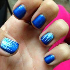 Niagara Falls - waterfall gel nails